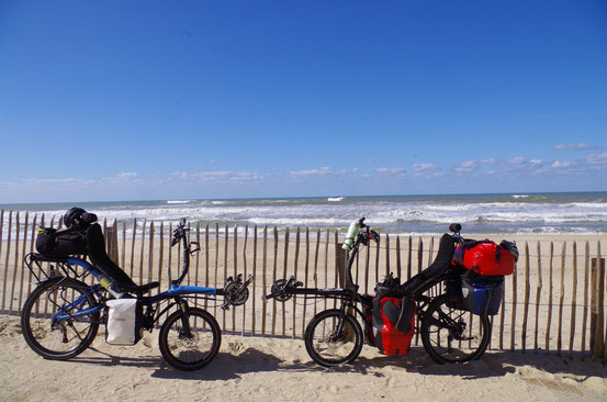 Océan Atlantique- Changement de monture : on échange le tandem couché contre 2 vélos couchés - Début octobre 2014