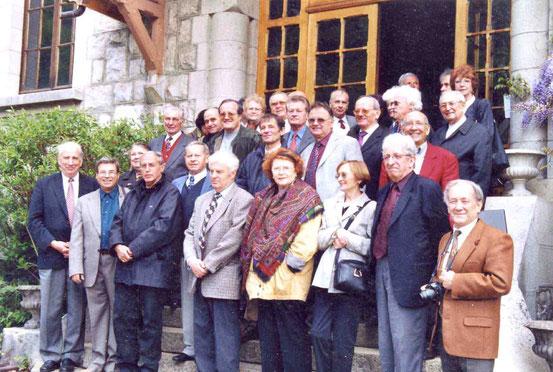AG 2002