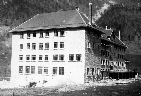1934 - vue de la cour