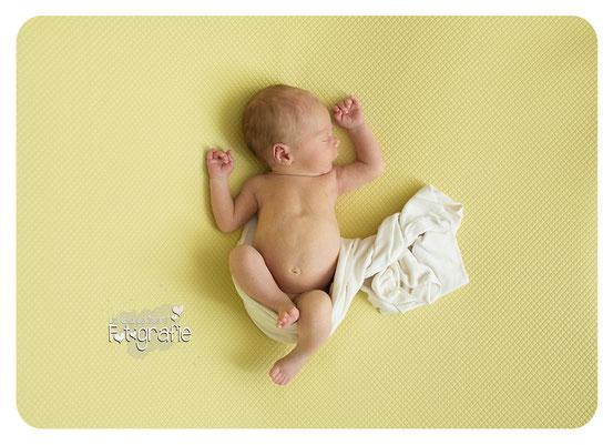 Newbornphotography, Neugeborenenfotografie, Homestory, Lifetsyle, Reportagefotografie, Babyfotos, Zwickau, Plauen, Chemnitz, Leipzig, Gera, Weimar