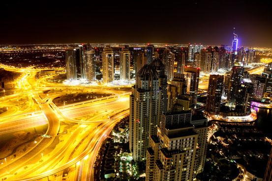 Ausblick von der Silvesterparty im 47. Stock in der Dubai Marina.