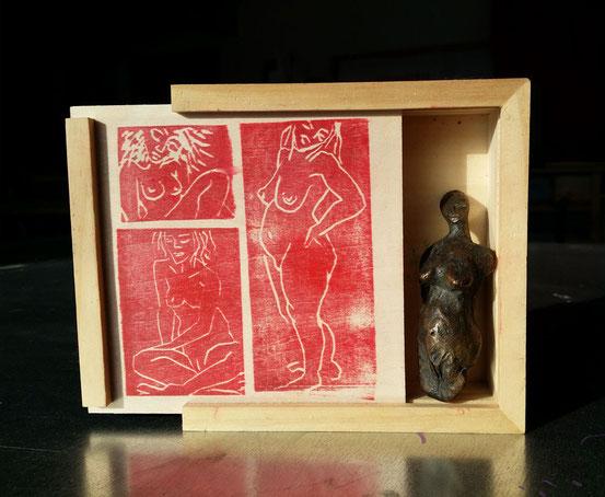 ... Red Box ...