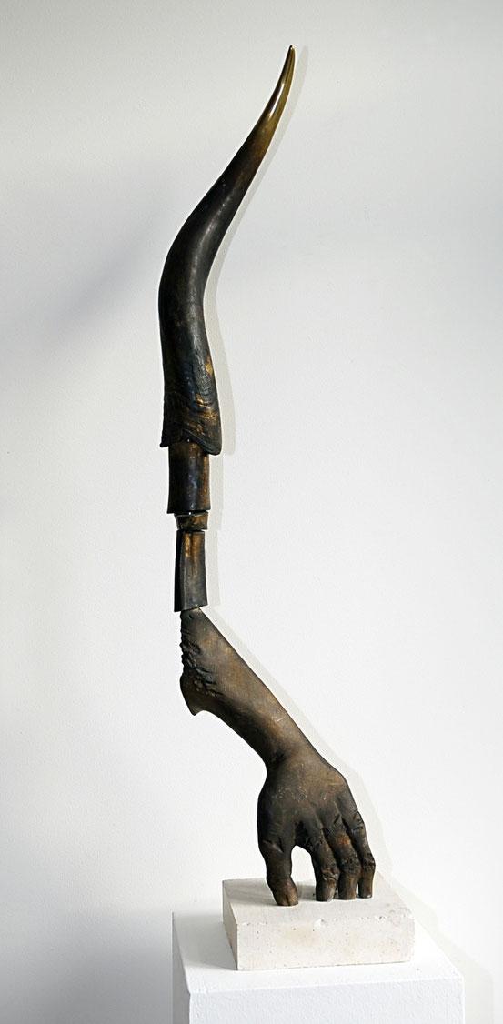 HANDHORN  -  bronce