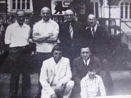 Une belle brochette d'anciens : Albert STENUIT, Pol Goffaux, Albert Vanderheggen,Joseph Briart, Jacques Urbain et Marcel Colin