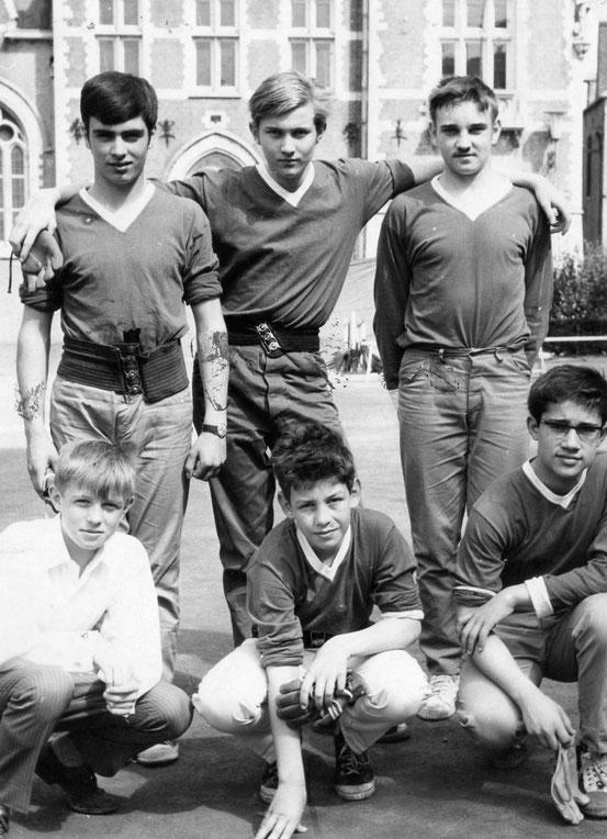 L'équipe des Cadets de Nivelles (pas de date)