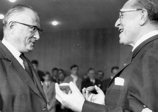 Remise des Mérites à Monsieur le Procureur Delcorde (golf) en 1969