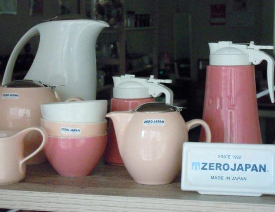 ZEROJAPAN ティーポットとカップ