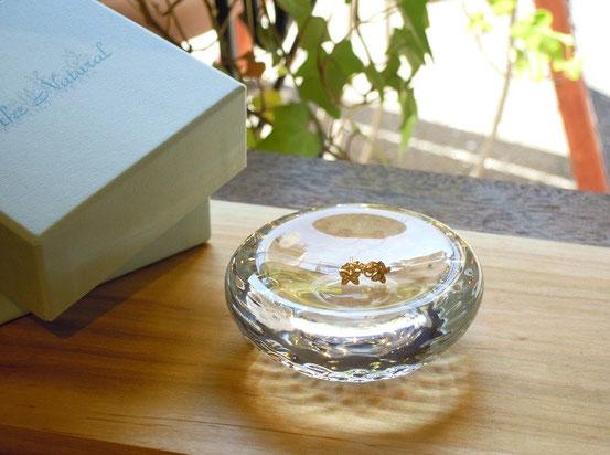 手作りガラスのジュエリートレイ