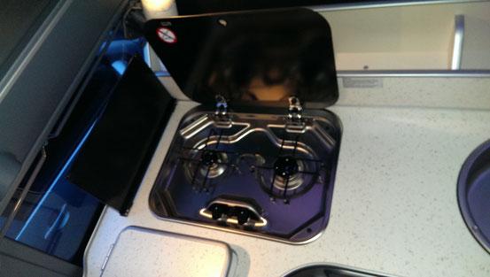 Ford Nugget 2012 - Zwei Flammen Gasherd