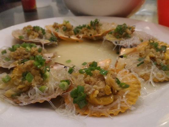 海鮮で注文する際の定番「扇貝」はコロンス島のものより断然美味い!