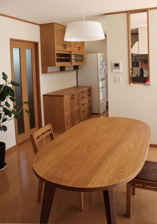 キッチン壁面収納とダイニングテーブルセット(鎌倉市・M様邸)