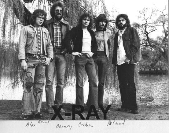 v.l.n.r.: Alexander Stams, Bernd Kuhn, Barney Roth, Bertram Hoyke, Helmut Schüßler (1976)