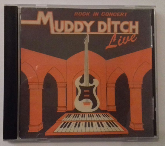 Livemitschnitt eines Auftritts als Vorgruppe der Monotones im Bürgerhaus Mühlheim (1980) (Eigenproduktion Muff Burkart)