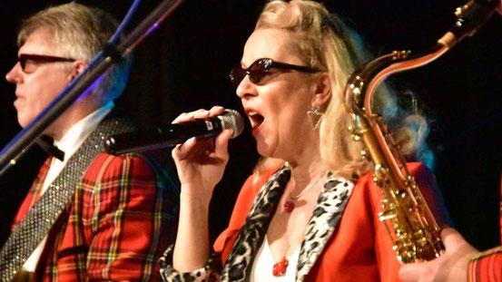 Ein eingespieltes Team: Mehr als 30 Jahre stand Christine Kehrein gemeinsam mit Tom Jet auf der Bühne. © M