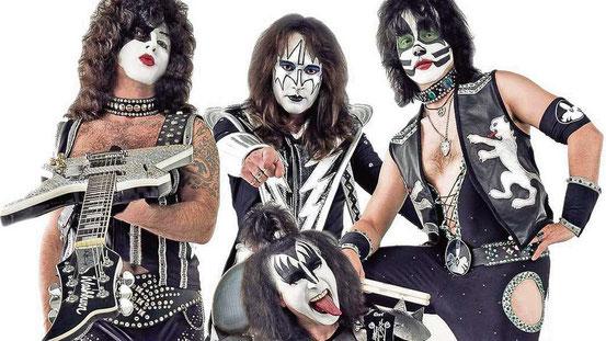 "Die Band ""Kiss Forever"", die freitags ab 22.30 Uhr auftritt."
