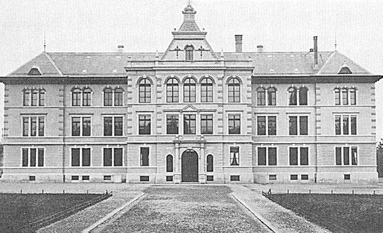 Das Stadtschulhaus, erbaut 1895