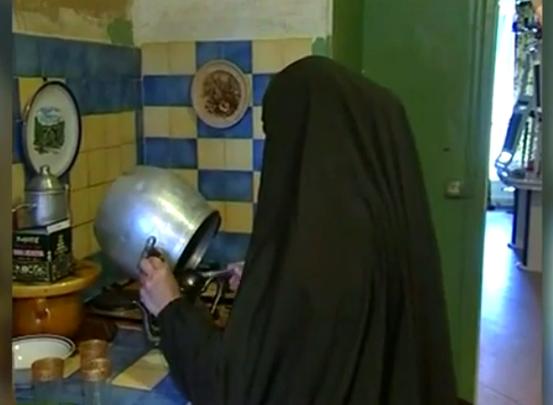 Der Koran gebietet die Burka auf keinen Fall, die meisten Muslime lehnen sie ab