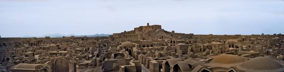 Бам - древний город из самана  на юго-востоке Ирана.