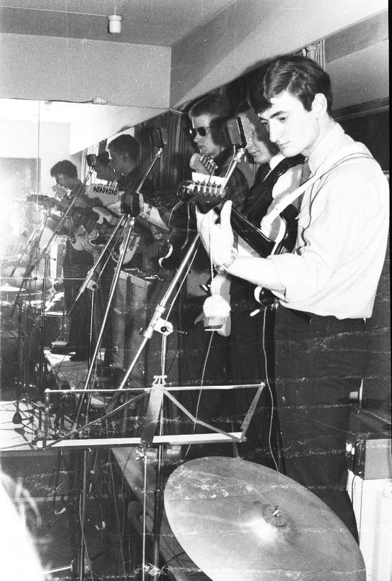 """Bei den sog. """"Gammelpartys"""" der Tanzschule Wernecke in Frankfurt traten The Jets über Jahre hinweg als Hausband auf."""