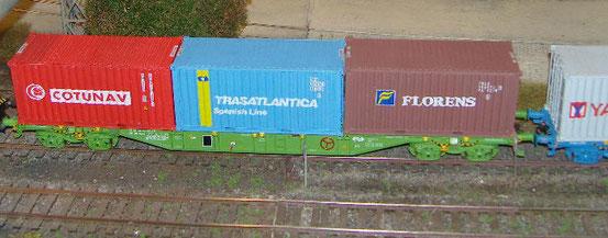 Prado-Containertragwagen