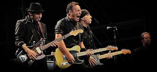 Bruce Springsteen und E-Street Band Kollegen, Foto Holger Hatke