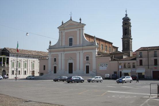 Chiesa Parrocchiale, Facciata.