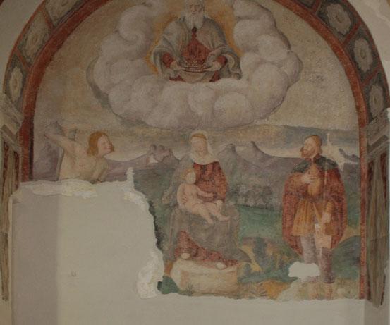 San Rocco, Affresco con Madonna in trono, San Rocco e San Sebastiano.