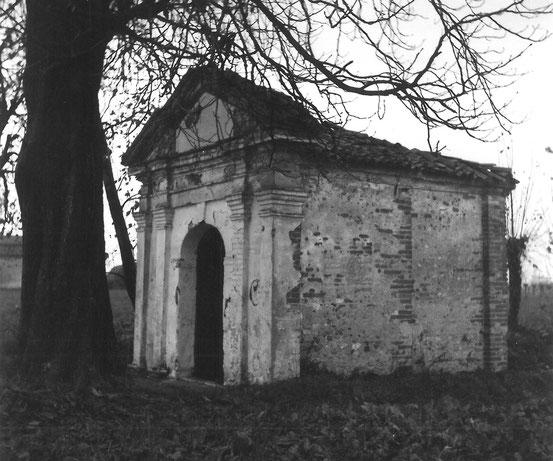 Chiesa di San Vito negli anni'70, foto di Don Dino Bondavalli.