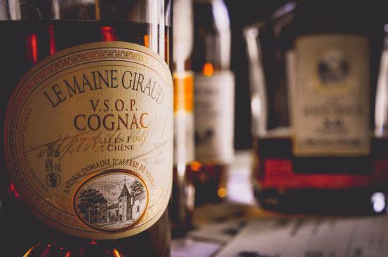 bouteilles de cognac xo et cognac vsop du Maine Giraud
