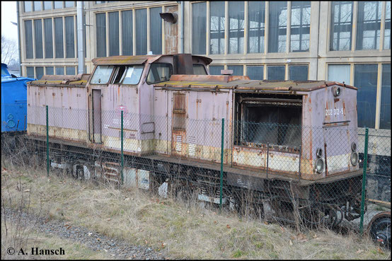 Ein Ersatzteilspender der PRESS in mieserablem Zustand steht in Espenhain. Die Lok war als 202 312-5 bei der DB im Einsatz