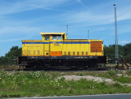 Das Gleisfeld in Rostock Seehafen ist gigantisch. Etwas abseits entdeckte ich am 22. Juli 2014 die HSL-Lok 346 826-1