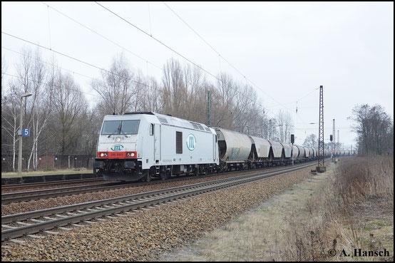 285 109-5 zieht am 18. Februar 2015 einen Getreidezug durch Leipzig-Thekla