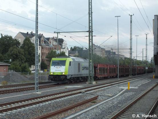 285 118-7 durchfährt am 30. Juni 2014 mit Autoleerzug Chemnitz Hbf.