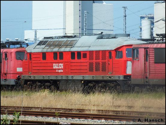 Seit 21. März 2012 ist 232 109-9 z-gestellt. Seit dem 6. April 2012 steht die Maschine in Rostock Seehafen und wartet auf ihr Schicksal (22. Juli 2014)