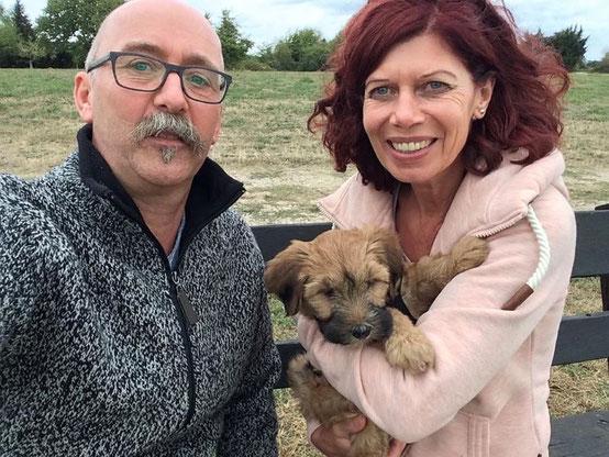 Shani mit ihren neuen Besitzern Familie Höler - 22.09.2018