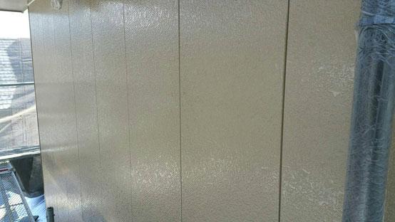 垂井町、関ヶ原町、養老町、大垣市、池田町、揖斐川町、春日村で外壁塗装工事中の外壁塗装工事専門店。垂井町宮代で外壁塗装工事/下塗り作業中