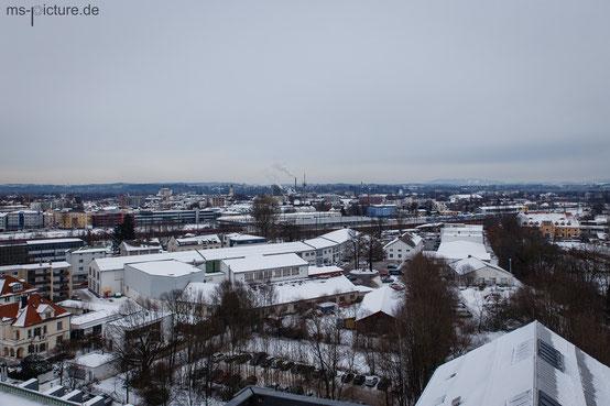 Blick auf Rosenheim von der Kunstmühle aus.