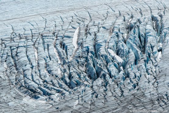 Gletscherspalten im Harding Icefield