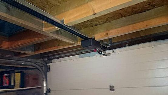 automatisme de porte de garage pour faciliter son ouverture