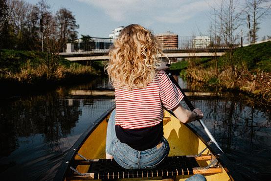 Kanu fahren in Hamburg auf der Elbe