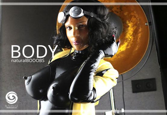 latexbody, latexcat, female maske, latexhood, latexmaske, doll, rubberdoll, fetishmodel, latexfetish, heavyrubber,