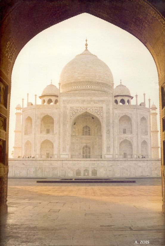 Photo taken by Anthony Zois 1988 - View of the Taj Mahal from the doorway of The Answer
