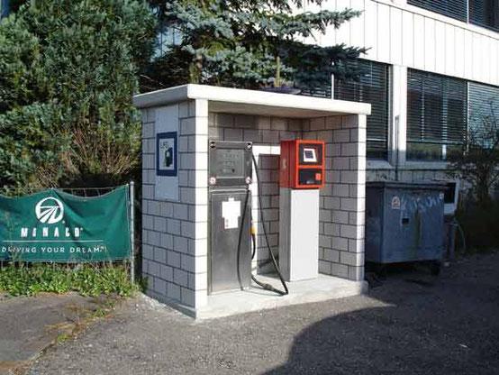 ÖFFNUNGSZEIT:  24 Std. mit Kartenautomat