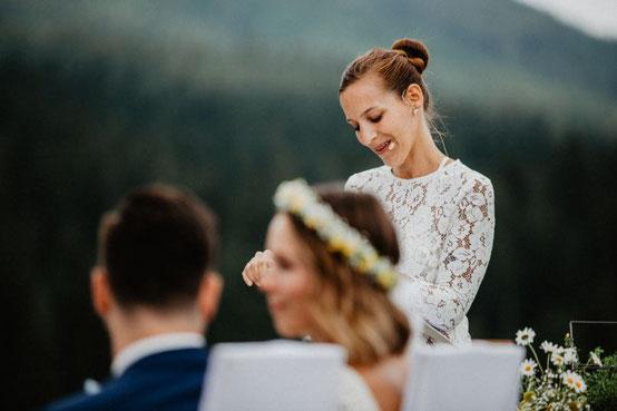 Freie Trauung, Hochzeitsrednerin, Hochzeit München, Rednerin München, Strauss und Fliege