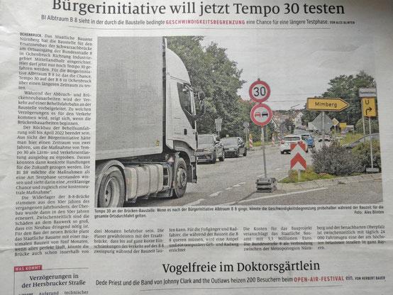 Wenn es nach der Bürgerinitiative Albtraum B8 ginge, könnte die Geschwindigkeitsbegrenzung probehalber während der Bauzeit für die gesamte Ortsdurchfahrt gelten.