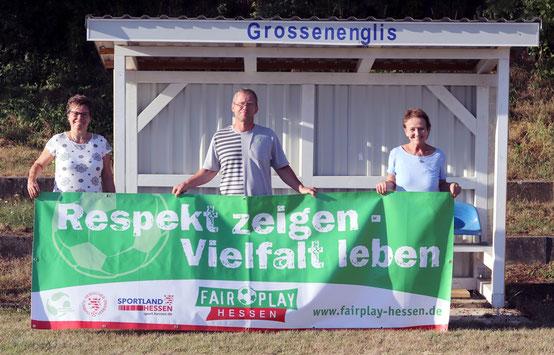 v.L. Vorstandsmitglied Ilona Döring, Jugendleiter & 2. Vorsitzender Olaf Pfaff, 1. Vorsitzende Birgitt Faßhauer.
