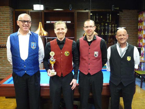 Von links: Berthold Umhey (2. Platz), Nicolai Wischnowski (1. Platz), Jochen Neininger (3. Platz) und Harry Stannek (4. Platz)