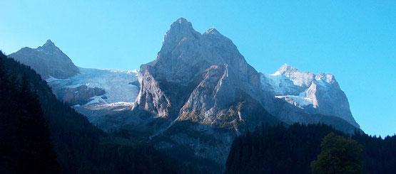 Wanderreise mit Gepäcktransport im Berner Oberland Jungfrau Region