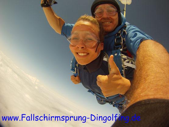 Fallschirmsprung Deggendorf Bayern