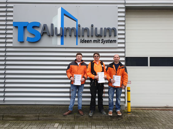 KÄPPLER BauTischlerei: Montageseminar bei TS-Aluminium in Großfehn.